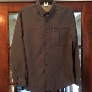 The North Face long sleeved Button Down Shirt sz M